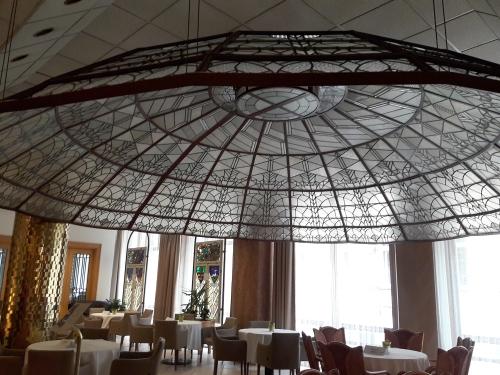 beke-szallo-kupola2